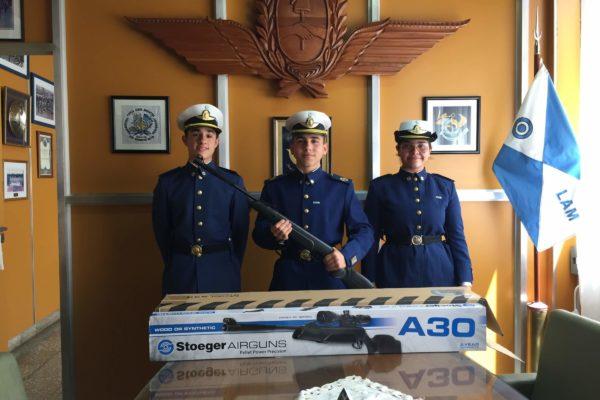 20191025 Donacion de rifles (1)